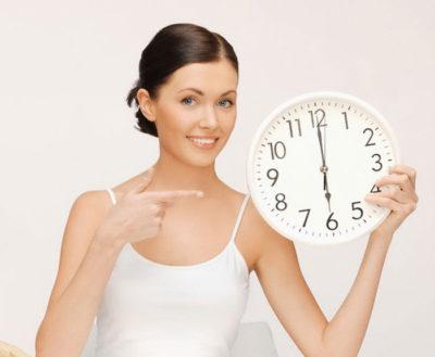 девушка 18 часы работы