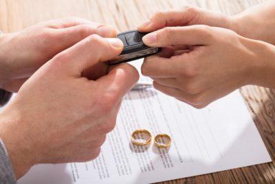 как правильно развестись и разделить имущество
