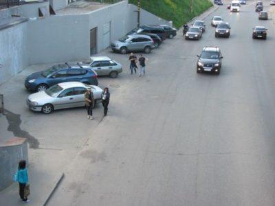 незаконная парковка во дворе куда жаловаться